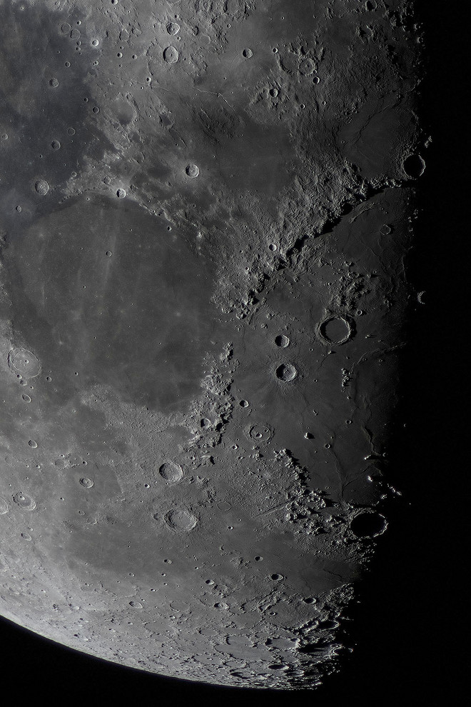 Moon76_2